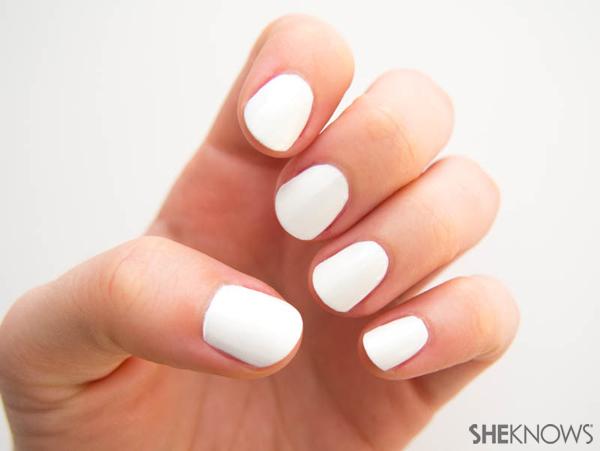 Snow leopard print nail design | Sheknows.com -- white base