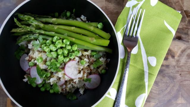 Spring red rice bowl