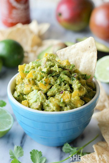 sriracha guacamole