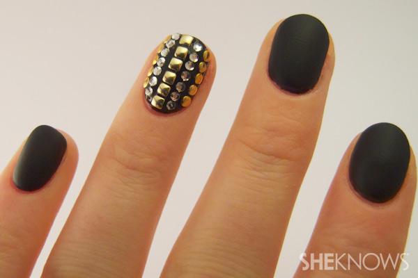 nail art tutorial - paint matte polish