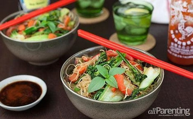 Color and flavor combine for an easy meal with brown rice noodles
