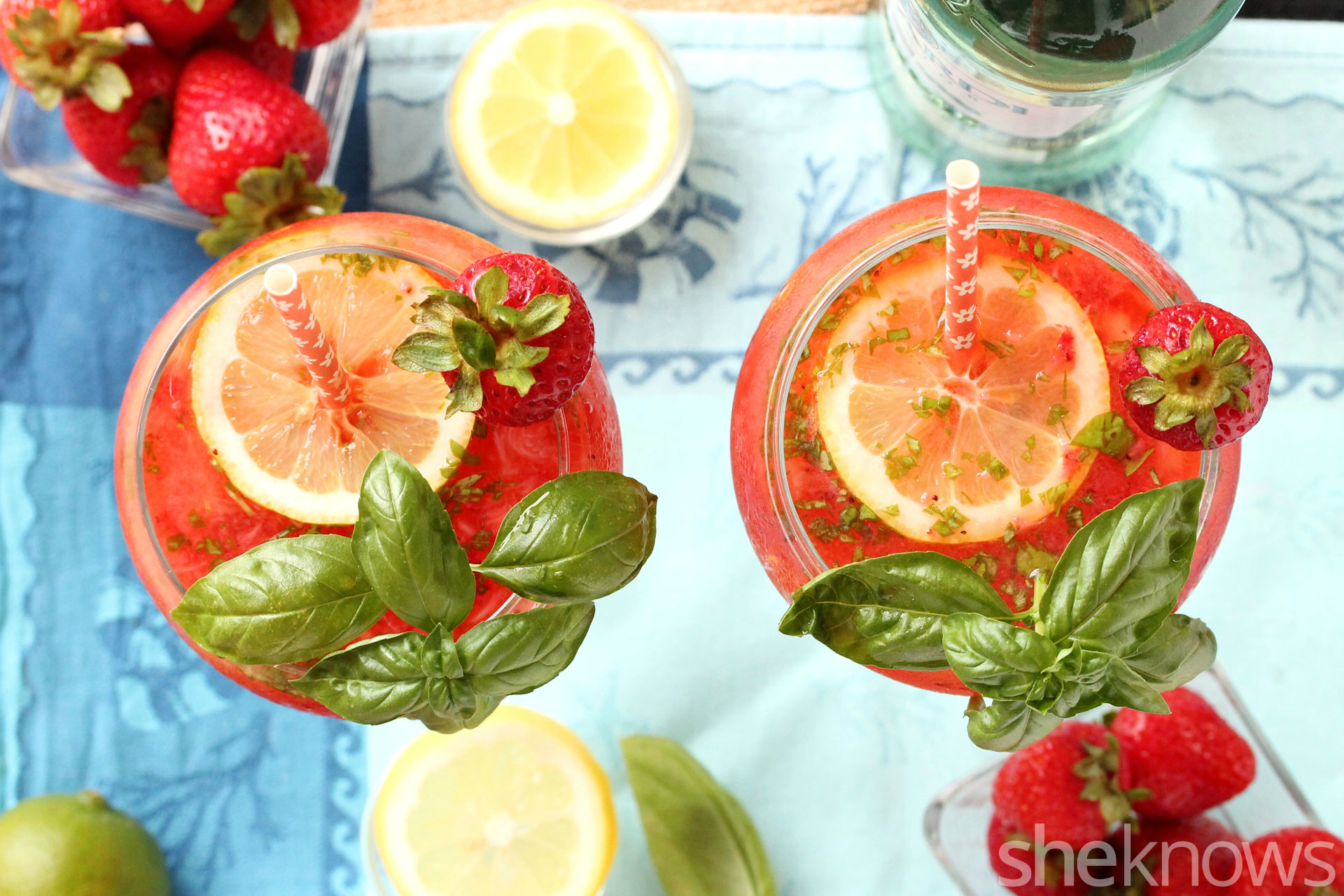 Strawberry-basil-lemonade-cocktail
