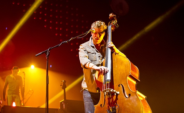 Mumford and Sons Ted Dwane