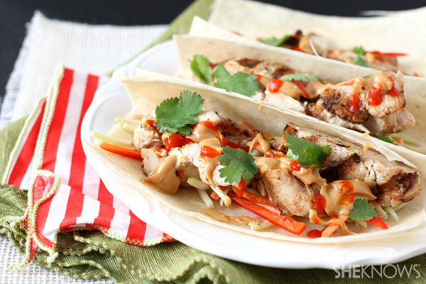 Thai chicken tacos with peanut butter sauce recipe