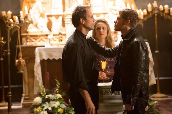 Klaus threatens Father Kieran on The Originals