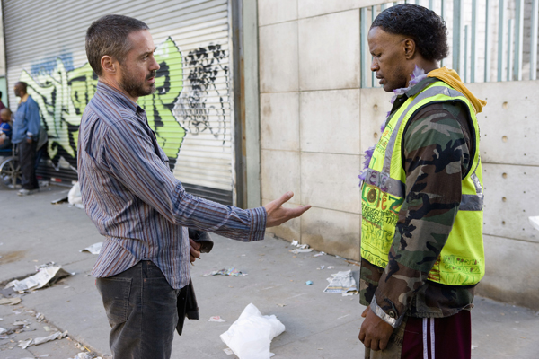 Robert Downey Jr and Jamie Foxx in The Soloist