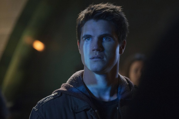 Robbie Amell in The Tomorrow People