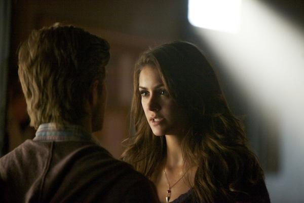 Elena talks to Luke on The Vampire Diaries
