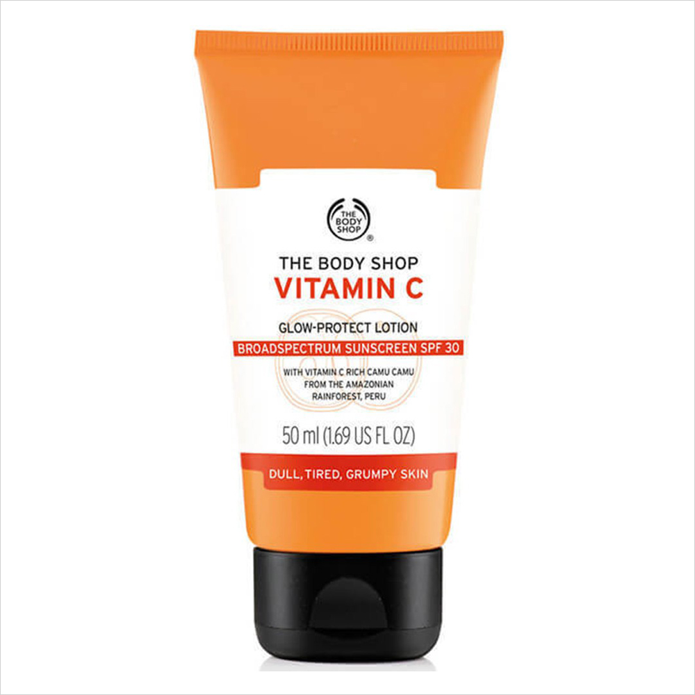 Best Sunscreens for Dry Skin: The Body Shop Vitamin C Glow-Protect Lotion SPF 30 | Summer Skincare 2017