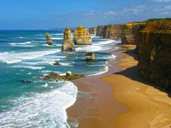 Twelve Apostles Beach, Victoria