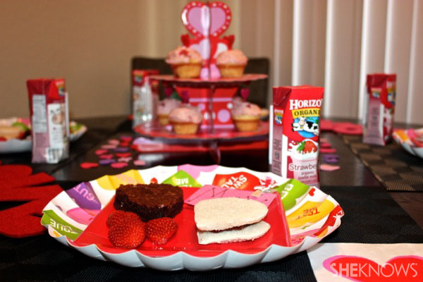 Valentine's Day party place setting
