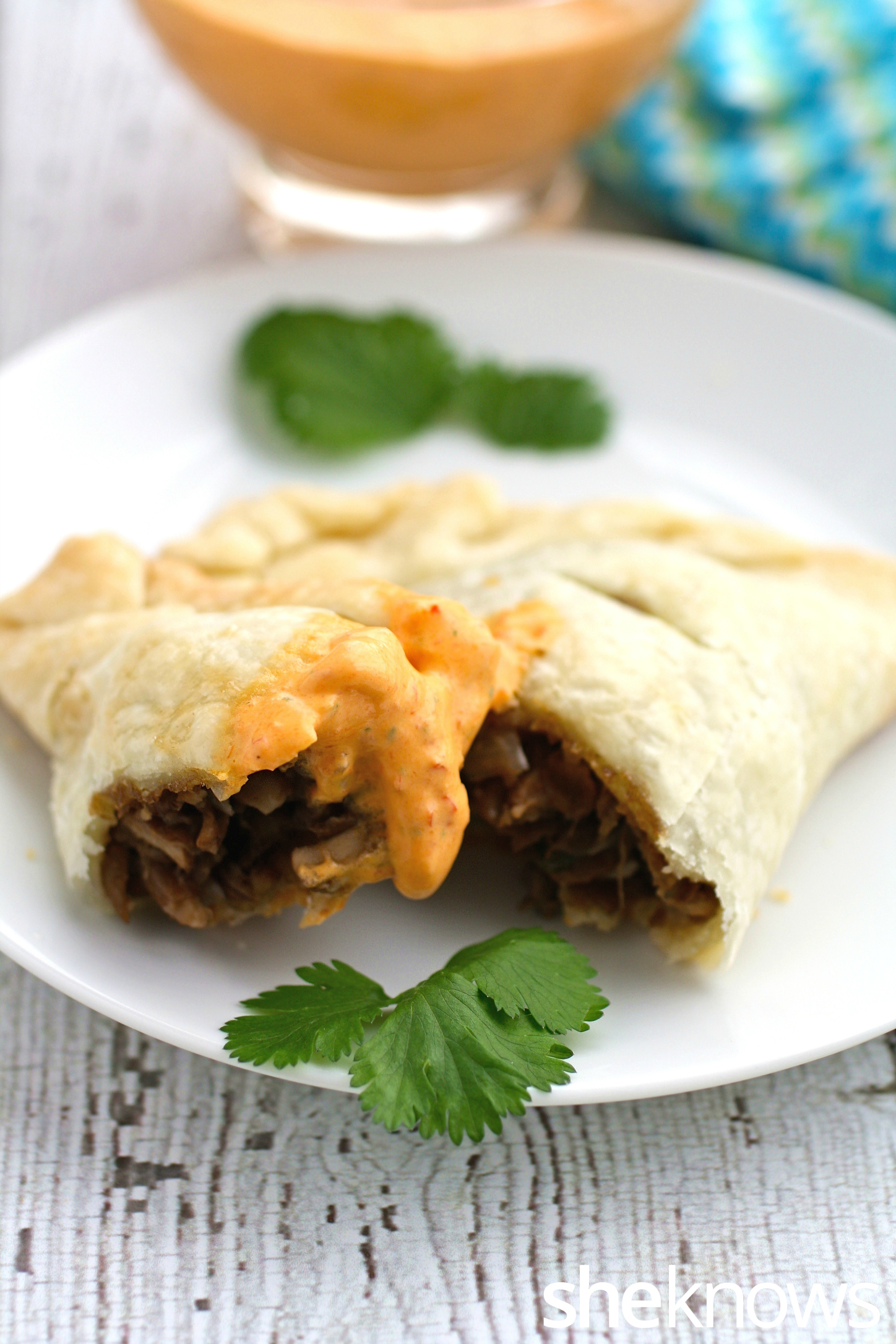 Kids and adults will certainly enjoy these lentil and mushroom empanadas with creamy roasted red peppers sauce
