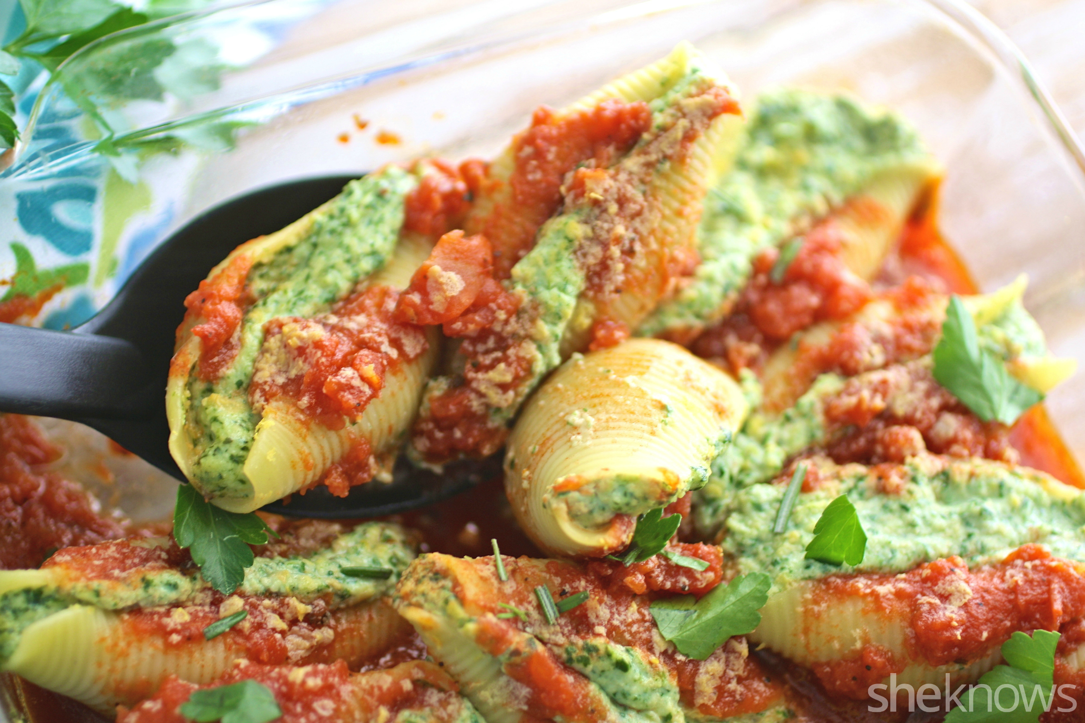 You'll want to scoop out several of these vegan stuffed shells with cashew ricotta cheese and spinach