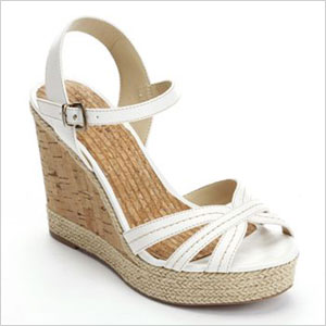 Thick wedge shoe