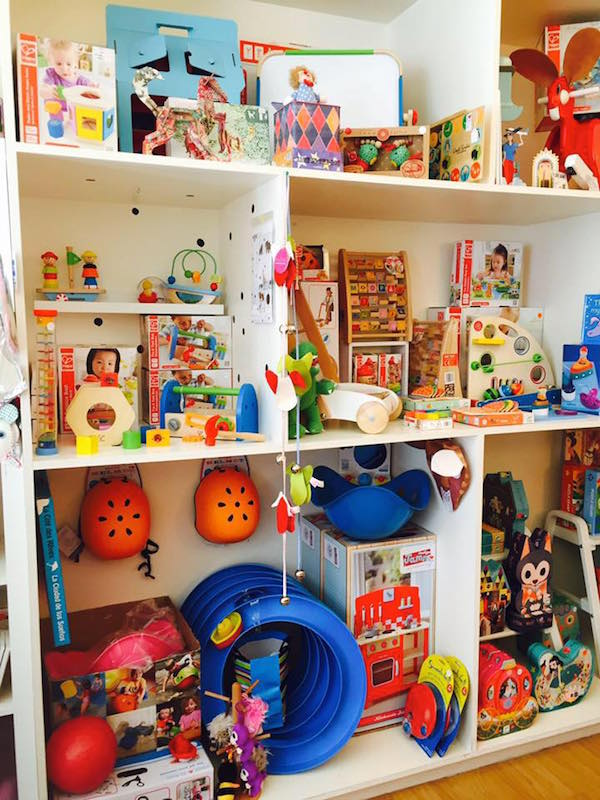Whitespace KIDS toy shop