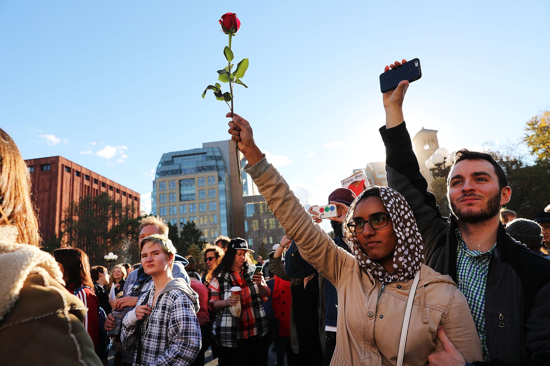 Women marching 1