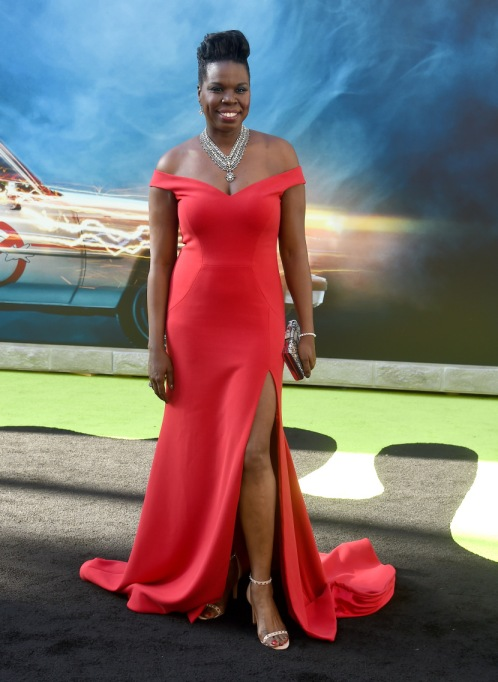 Non-Sample-Size Celebrities: Leslie Jones in Cristian Siriano | Celeb Fashion 2017