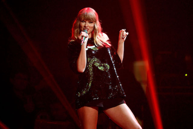 Check out these celebrities' Starbucks orders: Taylor Swift