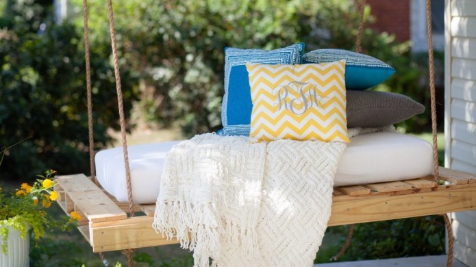 DIY your own porch swing for