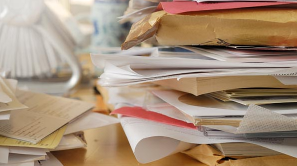 How to bust clutter at work