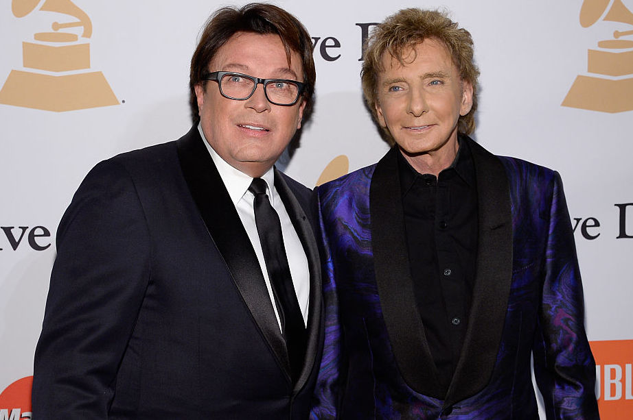 6 things to know about Barry Manilow\'s romantic history – SheKnows