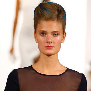 Oscar de la Renta's hair streak
