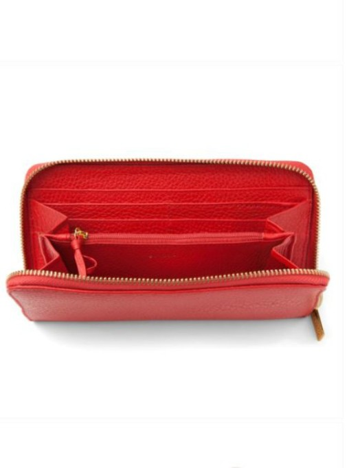 Valentine's Day Gifts For Moms: zip around classic wallet from Cuyana.