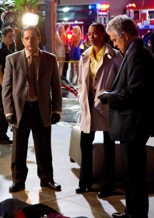 Actor Raymond Cruz, Actress Kearran Giovanni, and Actor Tony Denison on Major Crimes