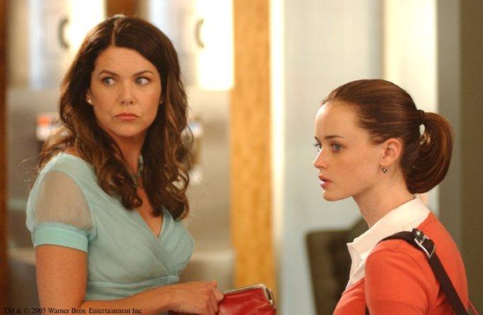 Alexis Bledel and Lauren Graham in Gilmore Girls