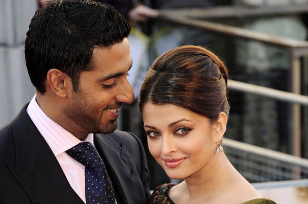 Aishwarya Rai gives birth to daughter