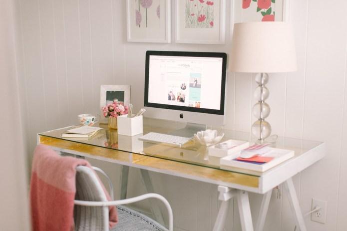 8 Minimalist Home Office Ideas to
