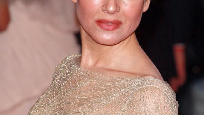 Bridget Jones' final installment faces delays