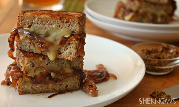 Grilled cheese sandwich with Brie and