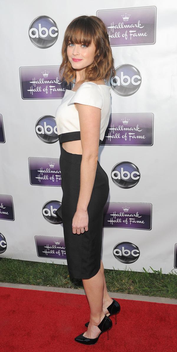 Alexis Bledel wearing high heels
