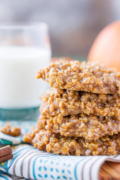 No-Bake Fall Desserts to Whip Up In a Hurry: no-bake pumpkin cookies