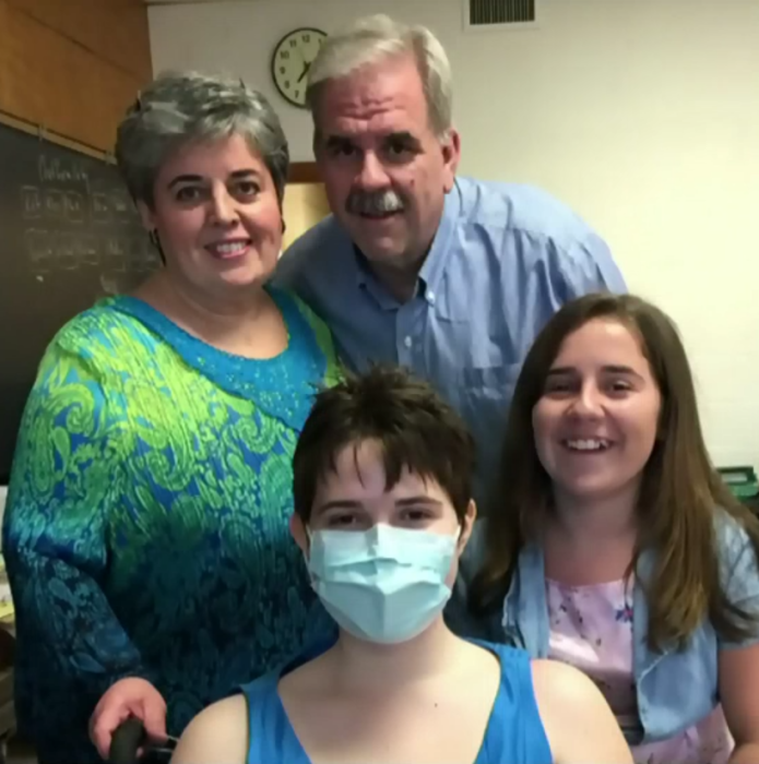 Teen's life-saving transplant delayed because there