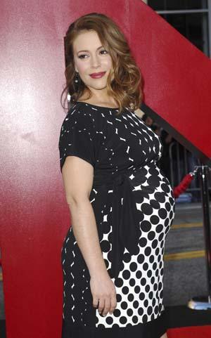 Alyssa Milano at the Hangover 2 premiere