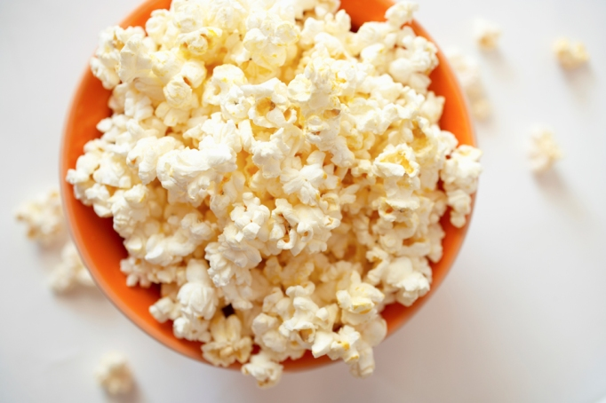 Common Foods That Can Turn Toxic During Cooking: Microwave Popcorn | Healthy Eating 2017
