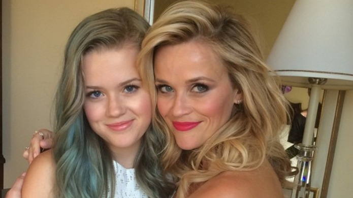 Mommy tweets: Reese Witherspoon, Blake Lively,