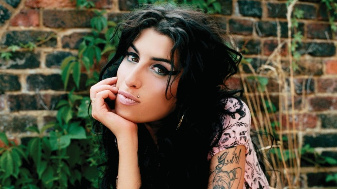 Amy Winehouse's mother says the singer