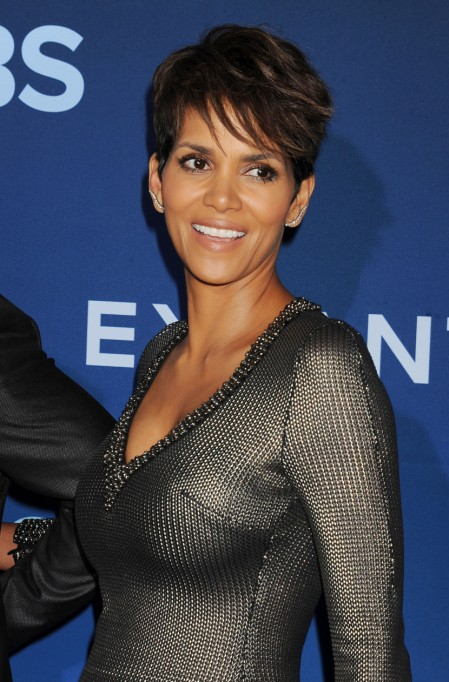 Celebrity Pixie Cuts | Halle Berry