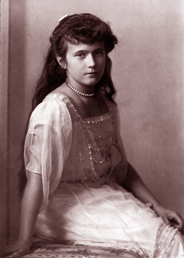 Young Anastasia Romanov