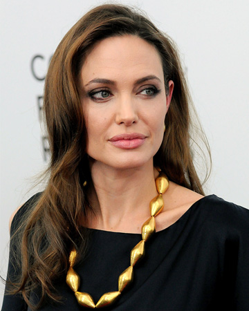 Angelina Jolie announces she has had a preventive double mastectomy