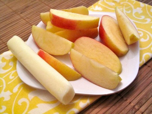 Apples and string cheese