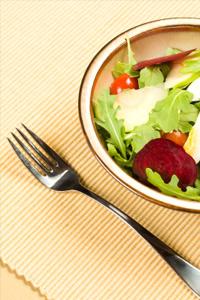 Apple and fennel beet salad