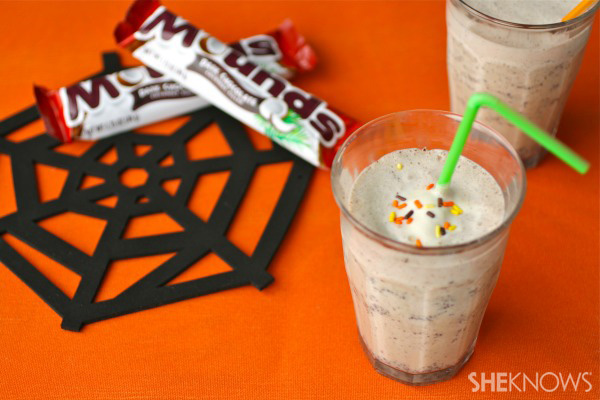 30 Halloween Cocktails & Mocktails That'll Take Your All Hallow's Eve to the Next Level: Mounds Milkshake