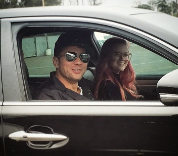 Ryan Phillippe in car with daughter Ava Phillippe