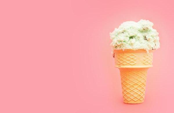 Deborah Lippmann debuts ice cream-inspired nail
