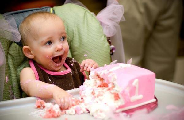 Baby-friendly first birthday party