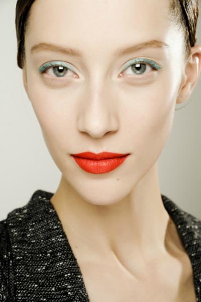 Aqua eyeliner